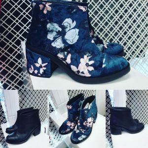 Женские ботинки синие с цветами