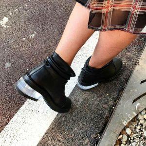Женские ботинки черные с прозрачным каблуком