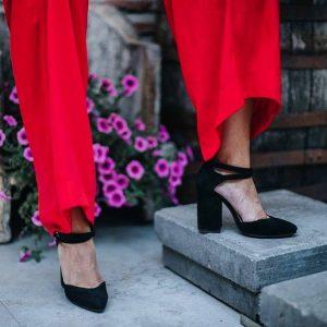 Женские черные туфли лодочки эко-замш