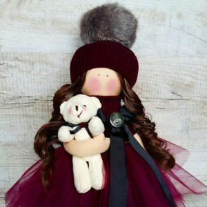 Дизайнерская кукла ручной работы в бордовом