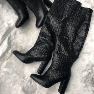 D$ Кожаные сапоги питон черные зима и осень