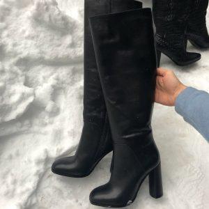D$ Черные женские сапоги кожа каблук