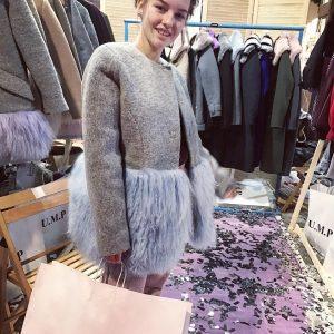VN Женское нюдовое пепельное пальто шерсть+мех