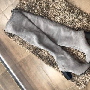 VN Женские сапоги на каблуке замш серые