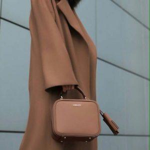 Женская сумка квадратная рыжая