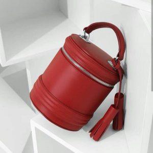 Женская сумка бочонок красная