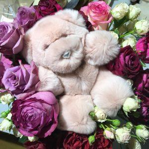 Игрушки из меха мишка светло-розовый