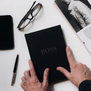 Блокнот Хуго Босс черный подарочный