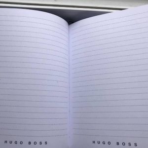 Записная книжка Хуго Босс черная закладка лента (1)