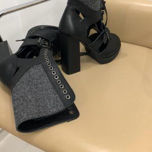 VN Ателье магазин женской обуви ботильоны из кожи черной на шнуровке (4)
