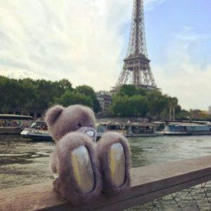 Игрушка из меха норки мишка Тедди светло-серый в Париже