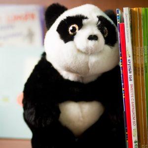 Игрушка из меха норки панда ручной работы с белым животиком