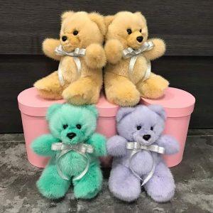 Меховые игрушки ручной работы мишки из норки разноцветные