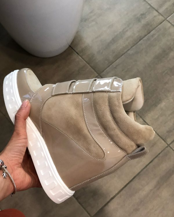VN Демисезонная женская обувь сникерсы замша бежевая на липучках (4)