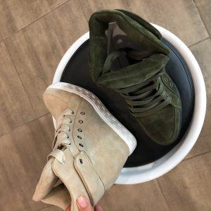 VN Демисезонная женская обувь сникерсы замшевые в двух цветах (3)