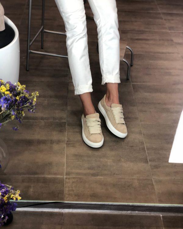 VN Индивидуальный пошив обуви кед из замши бежевой светлой (1)