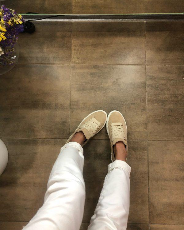 VN Индивидуальный пошив обуви кед из замши бежевой светлой (4)