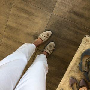 VN Купить женскую обувь в интернет магазине лоферы бежевые