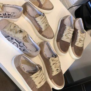 VN Женская обувь осенняя кеды из замши коричневые
