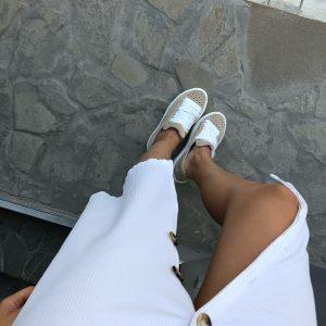 VN Женская обувь осенняя кеды коричневые с белыми шнурками