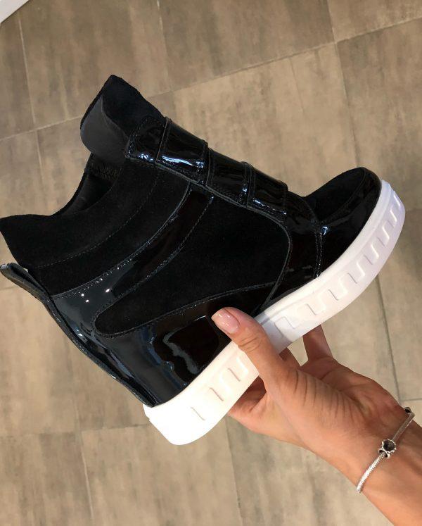 VN Женская обувь осенняя сникерсы замшевые черные с лаковыми вставками (2)