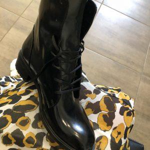 VN Женские ботинки без каблука кожа лаковая черная