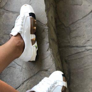 VN Женские кожаные кеды белые с подошвой хаки