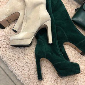 VN Женские сапоги на каблуке замшевые бежевые высокие (2)