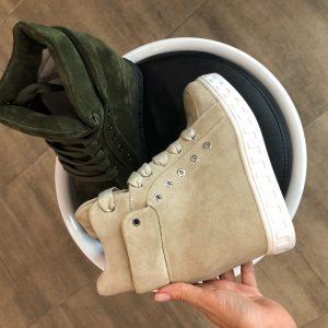 VN Женские сникерсы кожаные на шнуровке зеленые и бежевые (1)