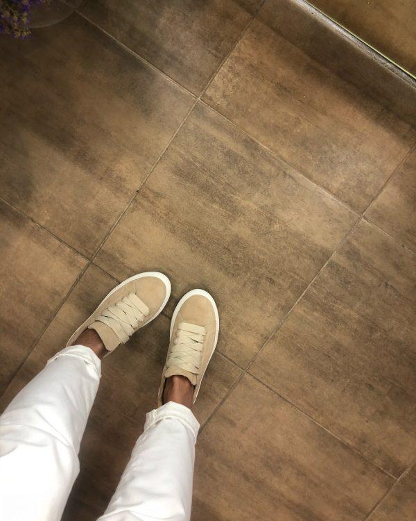 VN Женские замшевые кеды коричневые светлые с белой подошвой (1)
