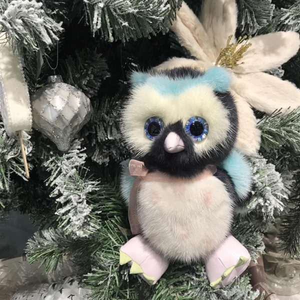 Интерьерная игрушка сова из меха 000.921 фото