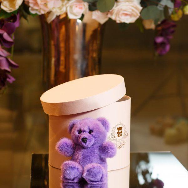 Интерьерная игрушка мишка лиловый из меха 000.883 фото